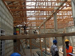 2012年3月 屋根・天井部分と接合部の工事