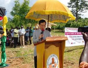 2012年10月3日 在ガーナ日本大使館・望月参事官からのメッセージ。当日は35度を超え40度に近いと思われる暑い日でした