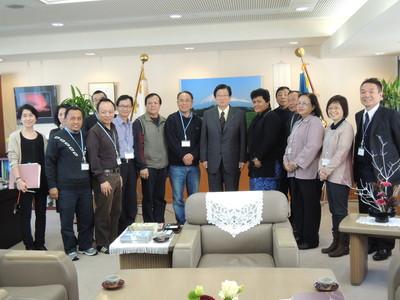 川勝平太県知事表敬、高齢化社会に挑む強いリーダーシップとコミットメント