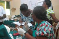 子宮内避妊具(IUD)挿入の練習