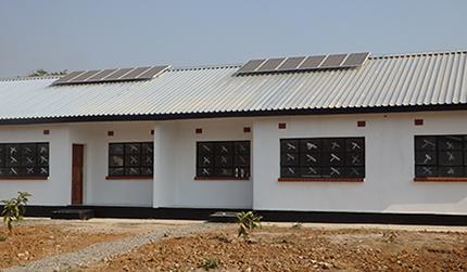 ヴィリーナジャパン、資生堂、ルミネの支援により、無電化地域にソーラーパネルを設置