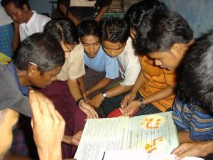 男性ボランティア養成のトレーニング