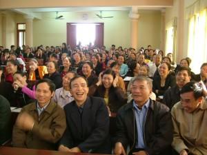 セミナーに参加した村の指導者たちの笑顔-楽しく知識を増やすための工夫が満載。